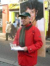Joel Lunot Homme Pancarte