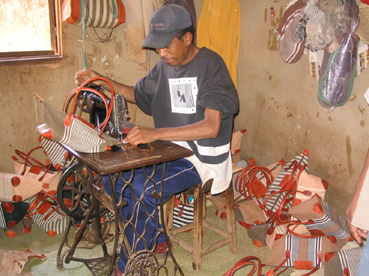 Artisanat malgache Photo AMADEA