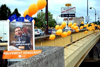 MoDem D'un pont à l'autre 9 mai 2009