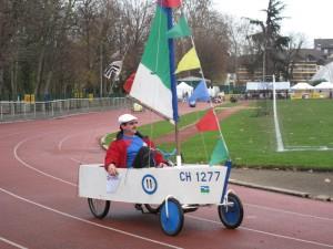 """Téléthon 2009 : voiture à pédales """"bateau"""""""